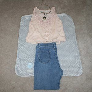 """Lee Classic Straight 11"""" high rise 10 Short jeans"""